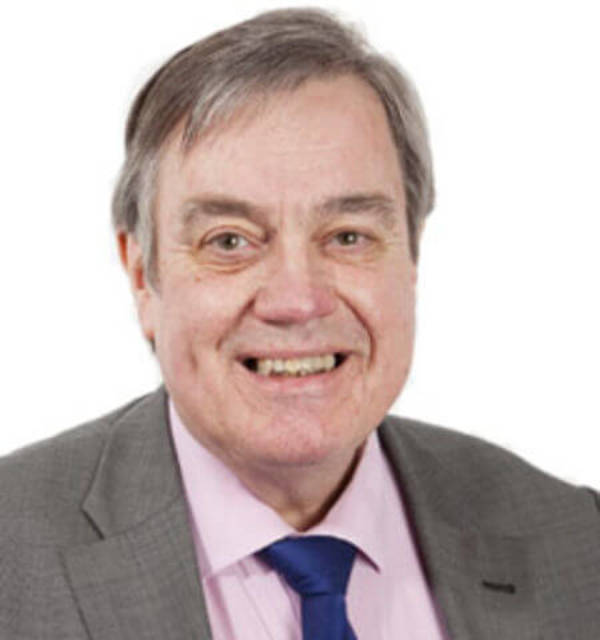 Chairman praises former Chief Exec's contribution